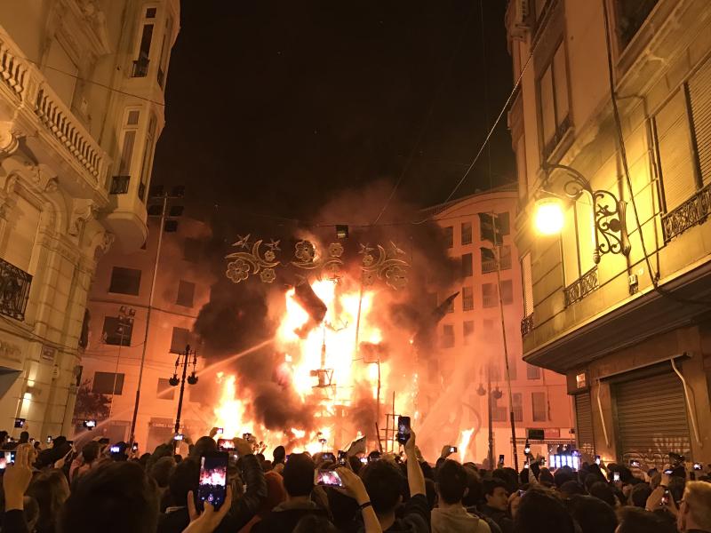 Valencia Falla en Fuego